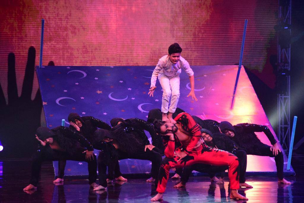 Super Dancer 3: Sanam Johar's & Jay's Record Breaking Act!