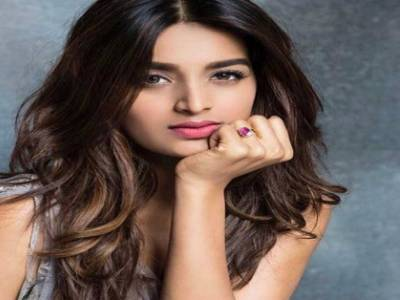 Nidhhi Agerwal : It's A Working Birthday This Year For Me In Hyderabad!