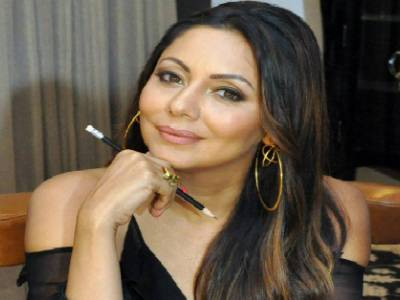 Gauri Khan Designs The Limited Edition Bottle Of A Premium Milk Brand!