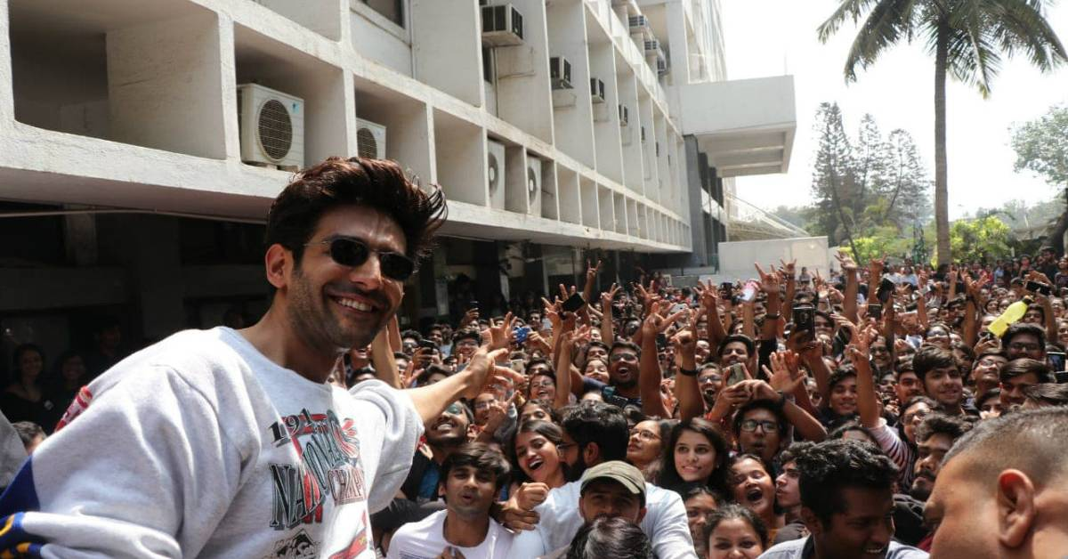Fans Go In A Frenzy After Meeting Heartthrob Kartik Aaryan At The Song Launch Of Luka Chuppi!