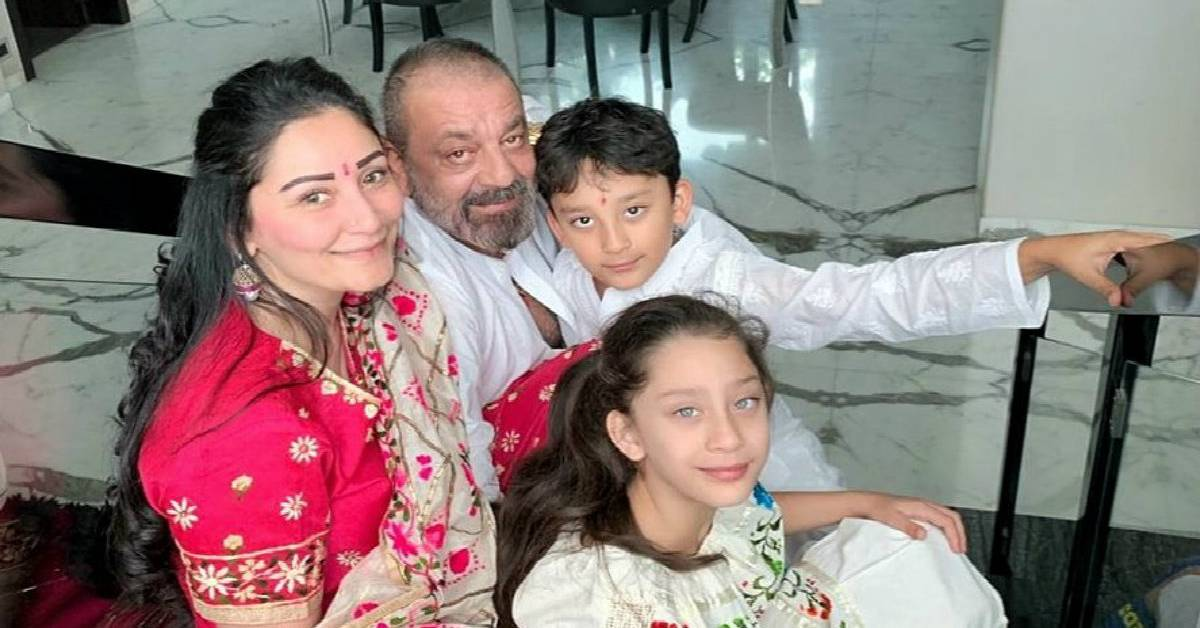 Superstar Sanjay Dutt Always Makes Time For His Family Even With A Line Up Of Over Five Movies!
