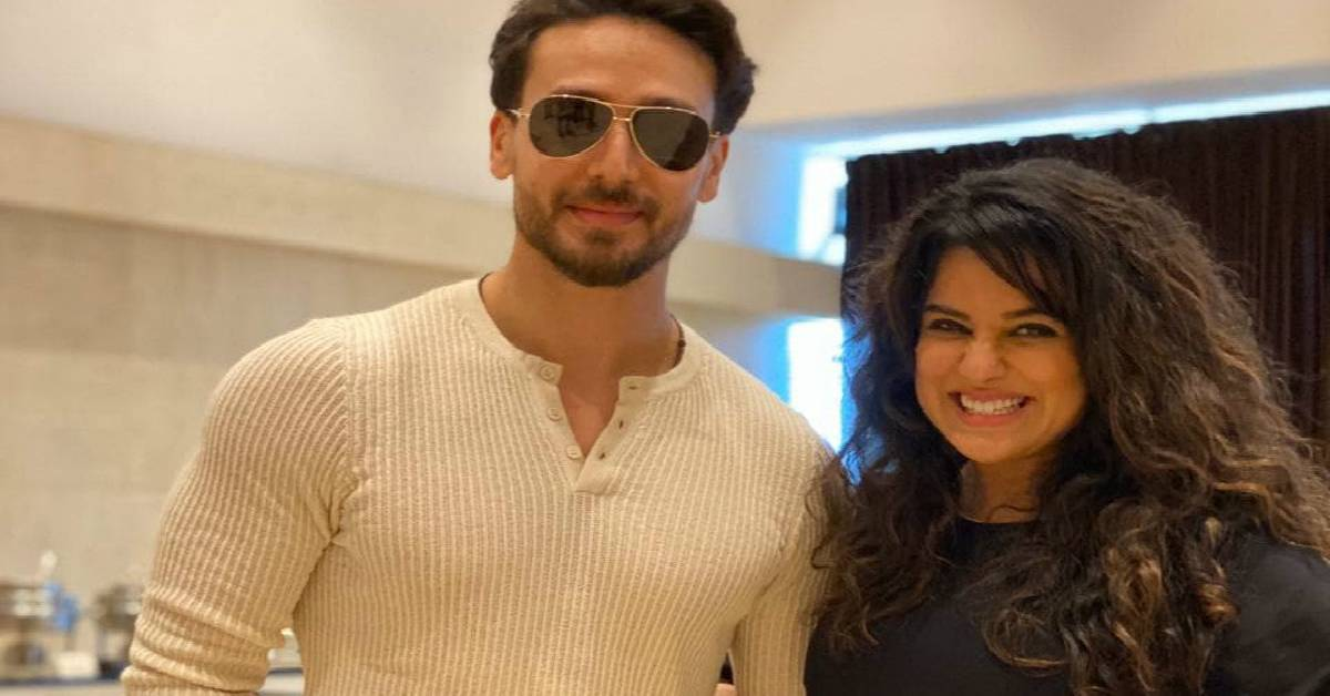 Tiger Shroff Launces Sara Arfeen Khan's Motivational Book For Women!